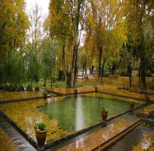 Mahallat Spring Water -
